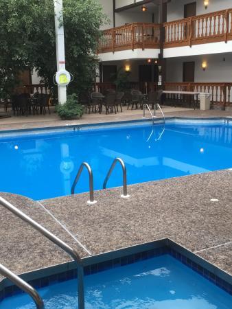 Shawano, WI: pool area