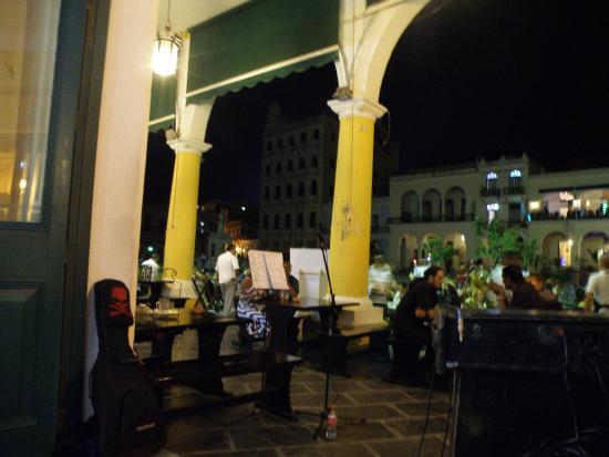 Plaza Vieja: esterno