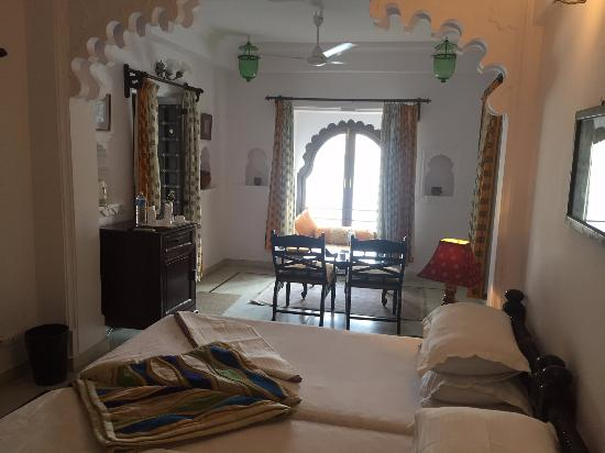 Amet Haveli : This was my room. Roughly Rs680 for the night