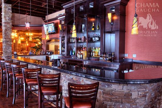 Downers Grove, IL: Bar