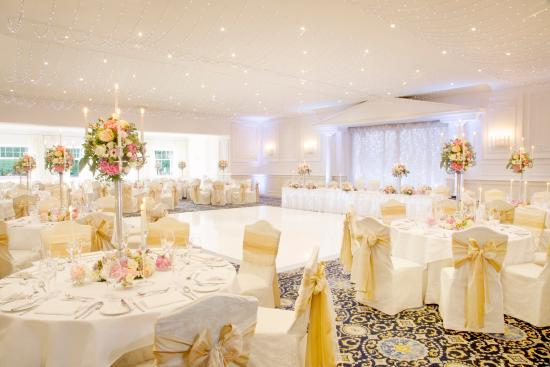 Bothwell Bridge Hotel: La Sala Classica 'Scotland's most stunning wedding venue.' As voted by The Herald