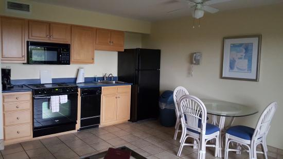 Surf Suites Motel Kitchen