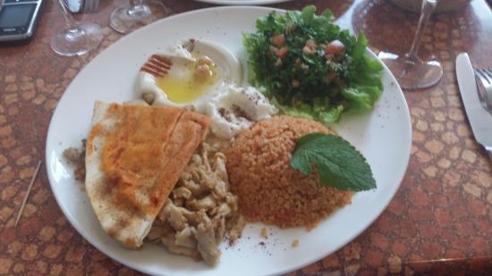 Restaurant la vallee french restaurant 16 rue ampere for Cuisine libanaise