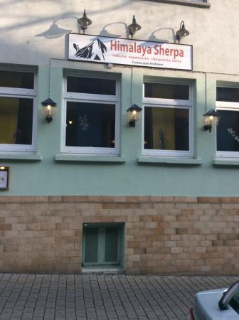 Mainz-Kastel, Alemania: View of Restaurant Himalaya Sherpa