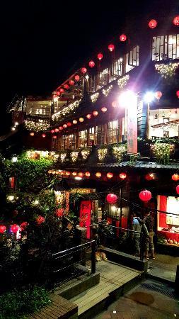 Burgary Hotel: 20160429_211645_large.jpg