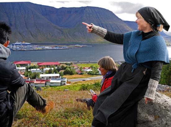 Ísafjörður Guide