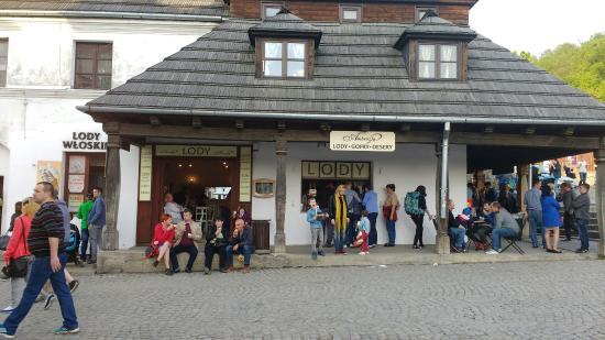Ambrozja Cafe & Ice Cream