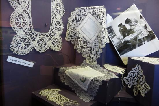 Jamestown: Beautiful hand-made lace made on the island.