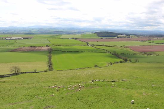 Greenlaw, UK: Another view from the hill