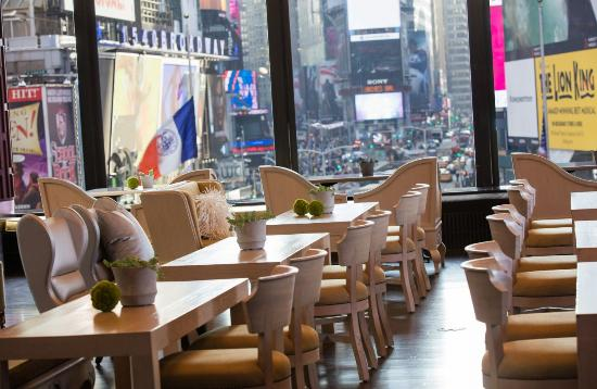 R Lounge At Two Times Square New York City Midtown Restaurant Reviews Phone Number Photos Tripadvisor