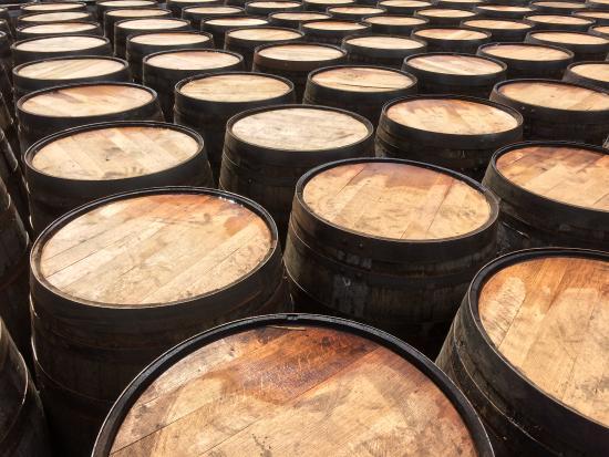 Dunblane, UK: Whisky casks on Islay
