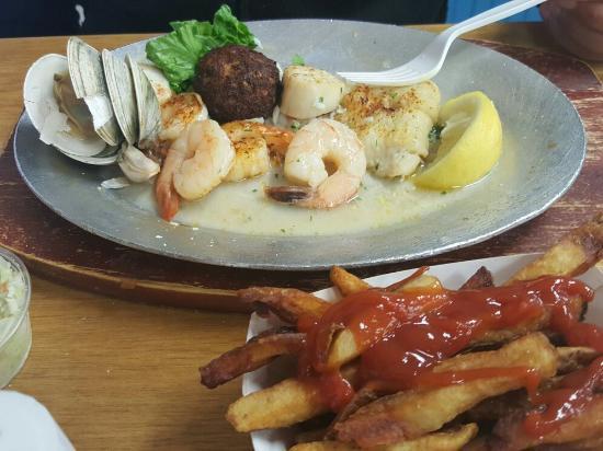 Point Pleasant, Νιού Τζέρσεϊ: Shore Fresh Seafood Market & Restaurant