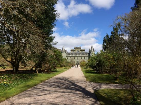 Dunblane, UK: On tour at Inveraray Castle