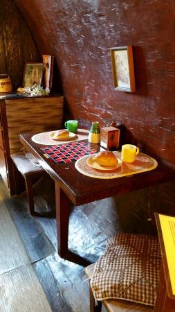 Garberville, Калифорния: Pastic Breakfast.
