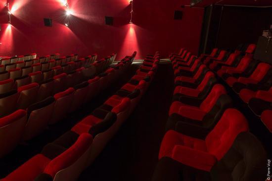 Pully, Suisse : Les sièges les plus moelleux du canton !
