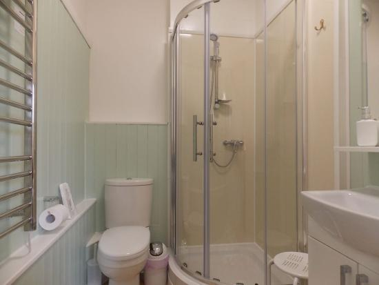 Mayfield Guest House: Rm.1 newly refitted en-suite shower room
