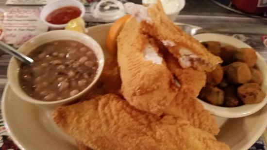 Denison, Teksas: Full catfish dinner