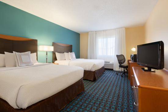Fairfield Inn & Suites Bismarck North: Queen/Queen Guest Room