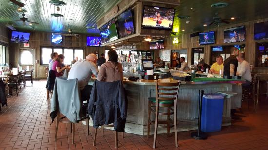Miller S Ale House Paramus A View Of The Restaurant