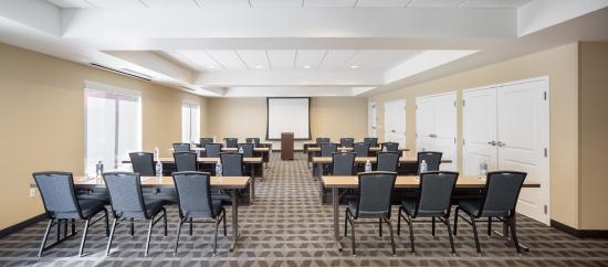 Vancouver, WA: Mt Hood Meeting Room