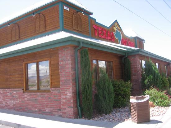 Texas Roadhouse: North side