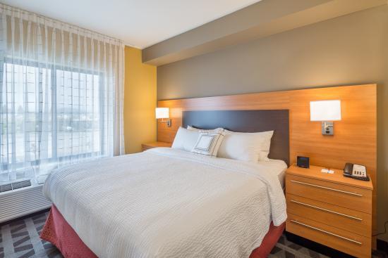 Vancouver, WA: Two Bedroom Suite Bedroom Area