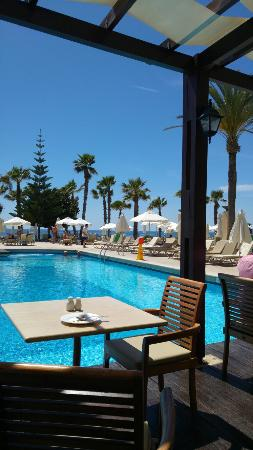 Louis Ledra Beach: Beautiful hotel fabulous holiday.