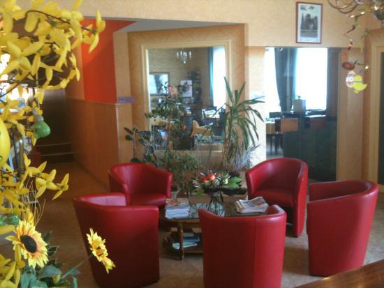 Hotel Bristol: Hall accueil