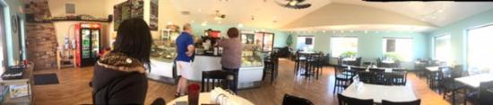 Sunday afternoon at the Hilltop Deli in Cottonwood