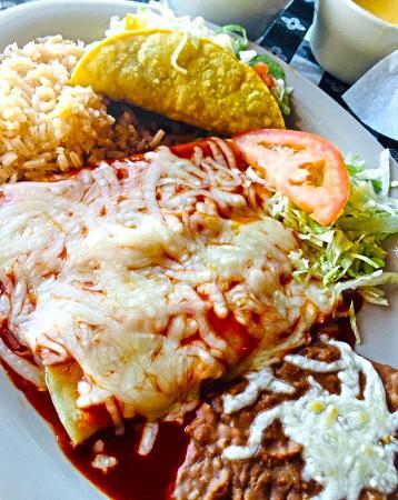 Candilejas Restaurant