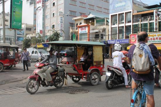 Tuk-tuk Phnom Penh: самый удобный транспорт