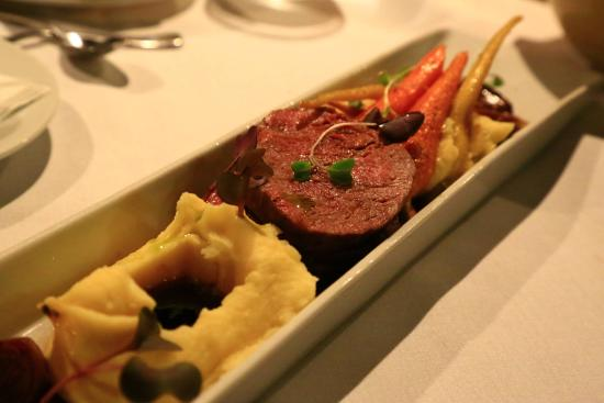 Tongariro Lodge Restaurant: beef fillet