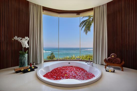 Ocean Spa at Candi Beach