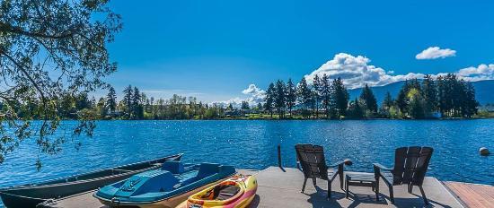 Long Lake Waterfront B&B
