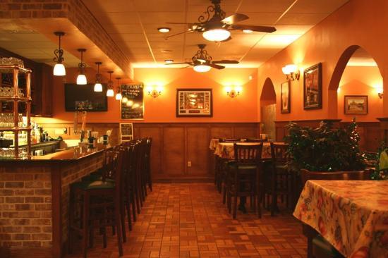 Acton, MA: Full Bar & Lounge