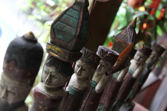 Sukajadi Hotel: display