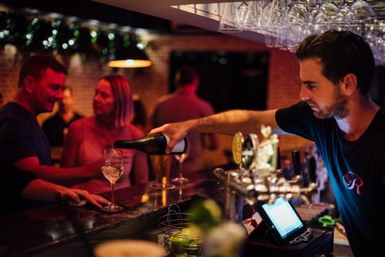 Noosaville, Avustralya: Bar Seating