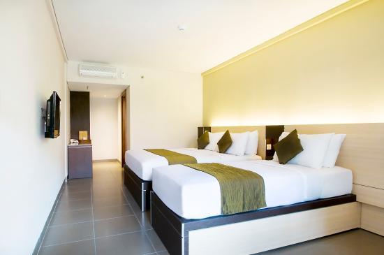 Sukajadi Hotel: EXECUTIVE TRIPLE