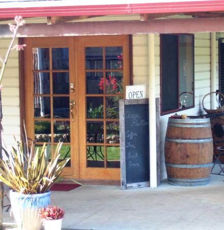 Nannup, Avustralya: Entry to our farm shop