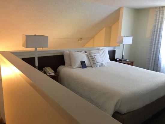 Sonesta Es Suites Portland Vancouver Loft Bedroom