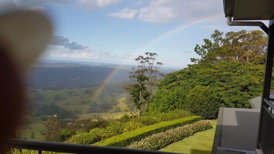 Montville Village Bed and Breakfast: Amazing view and a rainbow too