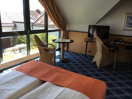 Hotel Zur Post Ismaning Photo