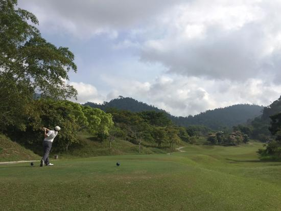 Berjaya Hills Golf & Country Club: One of the tee box overlooking the mountain