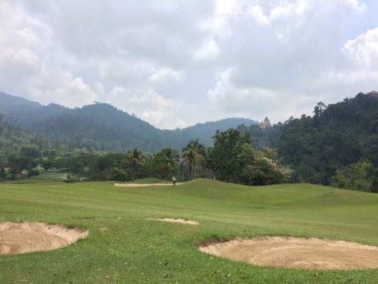 Berjaya Hills Golf & Country Club: Temp is rather mild up here