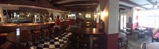 Port Alfred, جنوب أفريقيا: Beautiful hotel and pub