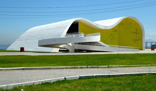 46ef77a9c169b7 Teatro Popular Oscar Niemeyer - Bild von Teatro Popular Oscar ...