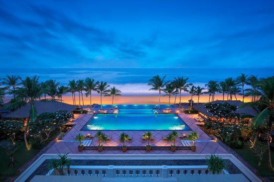 The Legian Bali: Three Tiers Infinity Pool