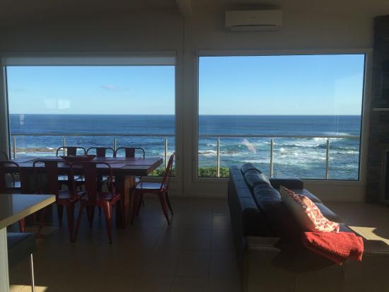 Kilcunda, Australia: big windows in open plan area