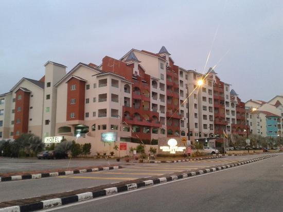 Marina Island Pangkor Resort & Hotel: View from main road