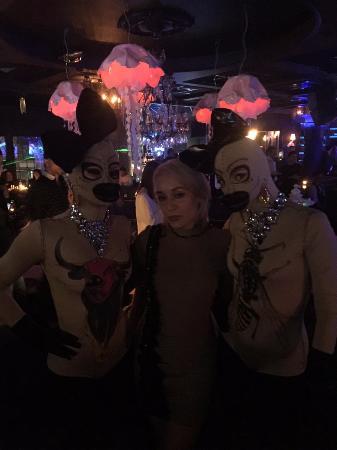 TAO Oysters Dance Bar